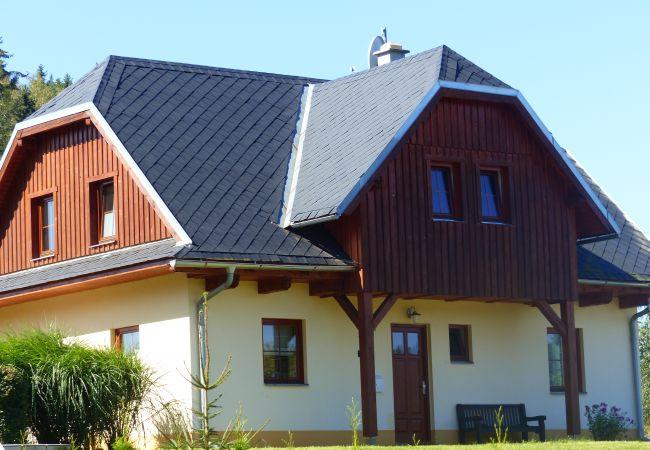 Villa en Staré Buky - Stare Buky KTG410