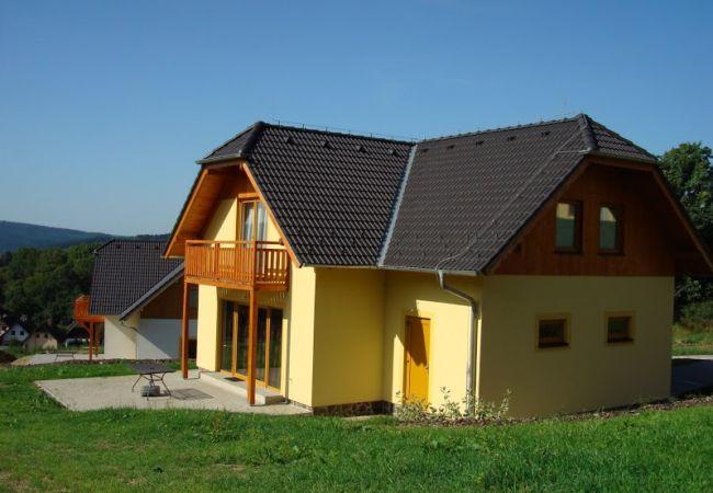 Villa in Lipno nad Vltavou - Vakantiehuis Beta - Lipnomeer - Lipno nad Vltavou