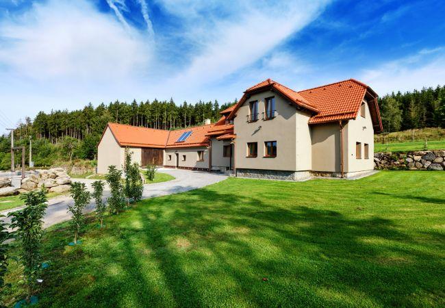 Villa in Varvažov - Orlík JVNS100